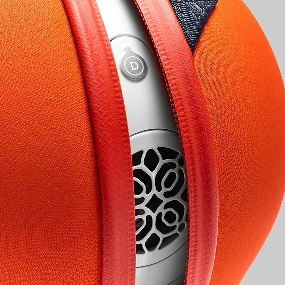 Devialet-Phantom-Reactor-Bag-Jupiter-Orange